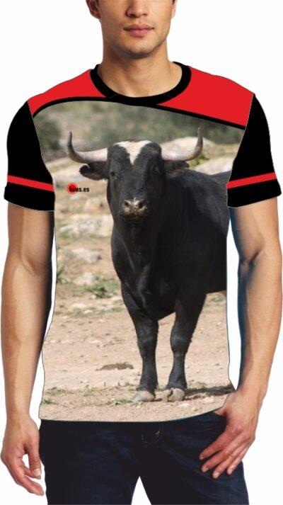 Camisetas taurina toro bravo en el campo